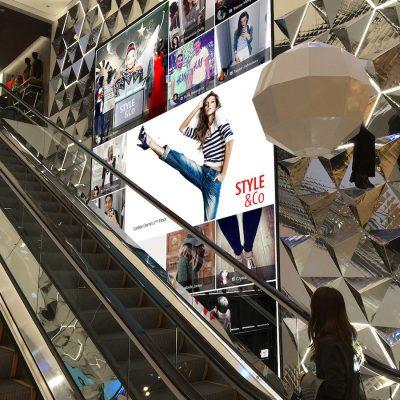 Store Clothes Screen Escalator